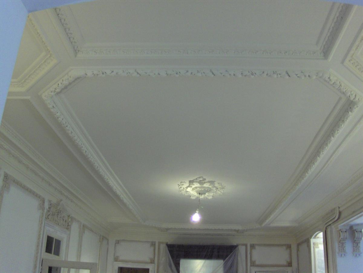 Architecture et la d coration int rieure en staff orne for Staff decoration plafond