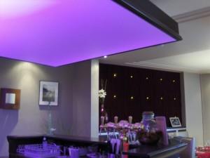 deco-interieur-plafond-tendu-cuisine
