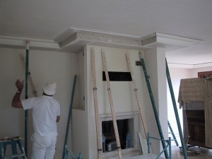 decoration-interieur-staff-cheminee-pendant-travaux